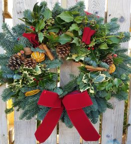 Luxury 10 inch Wreath